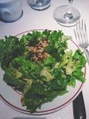 salade et noix